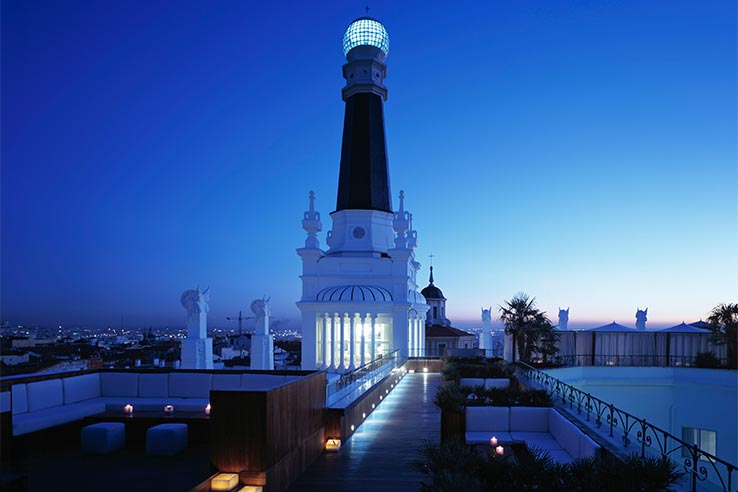 Fly til Madrid, ta en drink på The Roof